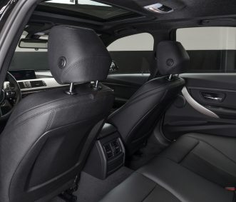 BMW 320i in Los Angeles Back Seats