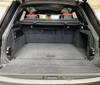 range rover luxury car rental trunk
